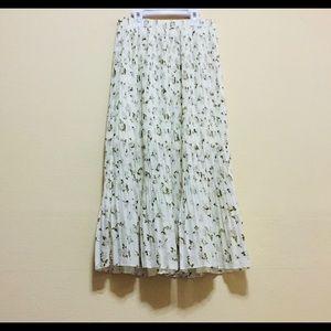 Pretty floral skirt